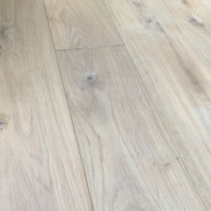 Bois De Vie Engineered Flooring, Lucerne Oak, 18/5mm x 125mm x RL, Brushed & White Oiled