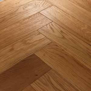 Bois De Vie Engineered Flooring, Brushed Alaska Herringbone - 18/5mm x 90mm x 600mm, B&L