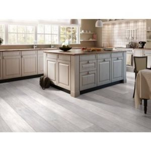 Quickstep Laminate Flooring - Largo - Authentic Oak, LPU1505 - 9.5mm x 205mm x 2050mm