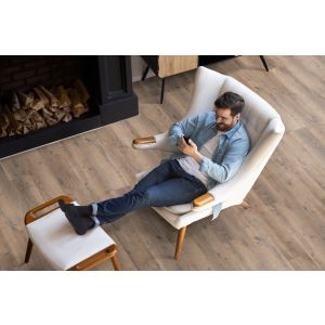 Berry Alloc Laminate Flooring - Cadenza - Allegro Brown K1511 - 8mm x 214mm x 1383mm