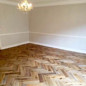 Bois De Vie Engineered Flooring, Como Oak Herringbone, 18/5mm x 90mm x 400mm, Brushed & Lacquered
