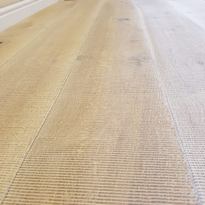 Bois De Vie Engineered Flooring, Kiska 21/6mm x 190mm x 1900mm - White Oiled With Sawcuts