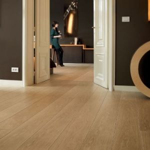Quickstep Laminate Flooring - Largo - Natural Varnished Oak, LPU1284 - 9.5mm x 205mm x 2050mm