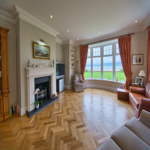 Smooth Oak Herringbone Parquet Engineered Wood Flooring