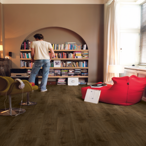 Quickstep Laminate Flooring - Creo - Virginia Oak Brown, CR3183 - 7mm x 190mm x 1200mm