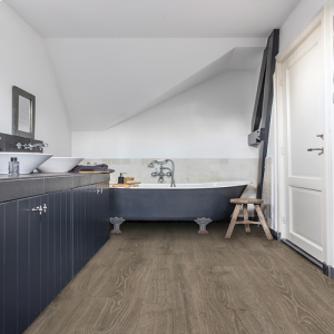 Quickstep Laminate Flooring - Majestic - Woodland Oak Brown, MJ3548 - 9.5mm x 240mm x 2050mm